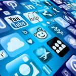 Five reasons why digital signage and social media work together